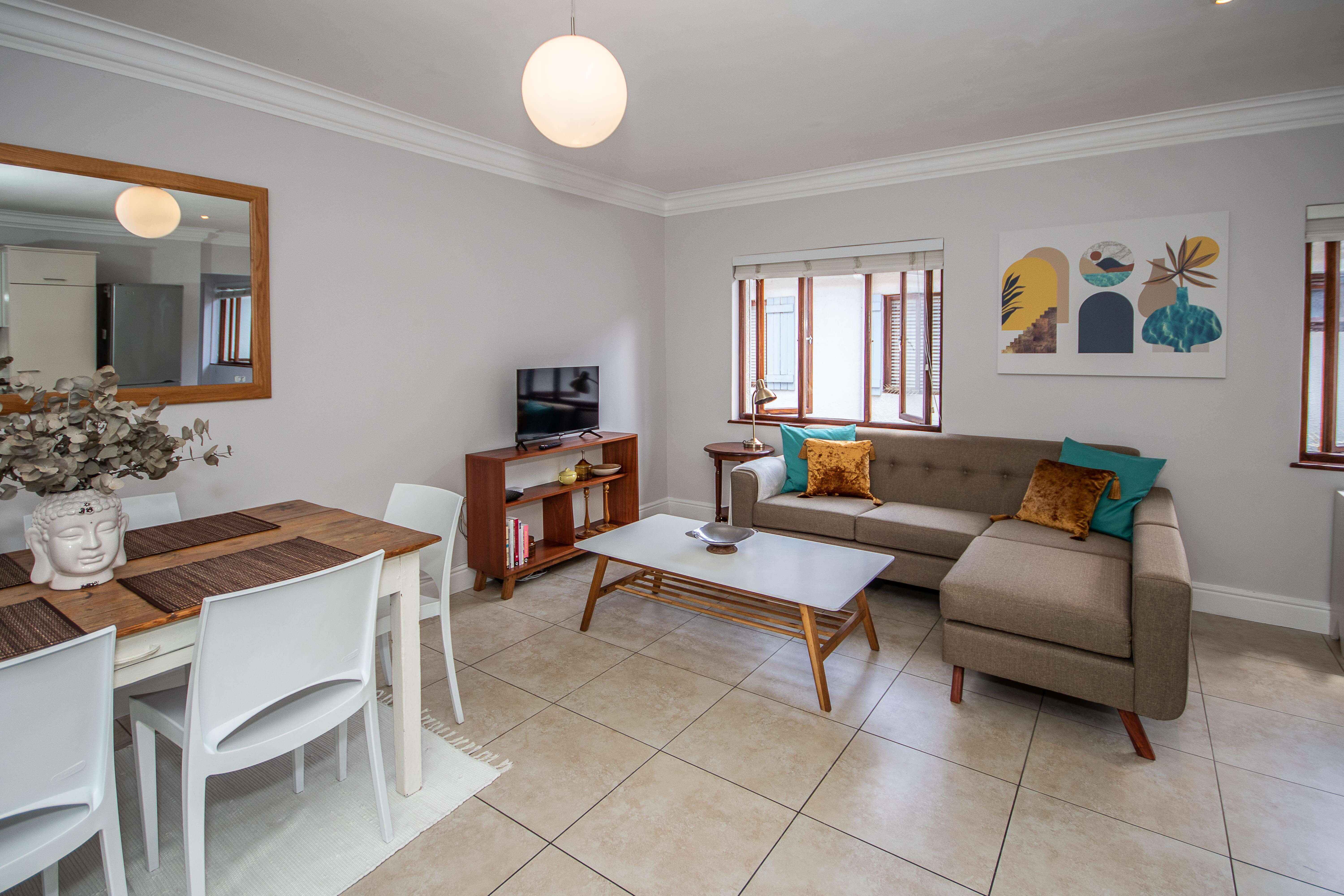 1 Bed apartment in beautiful Planet Africa
