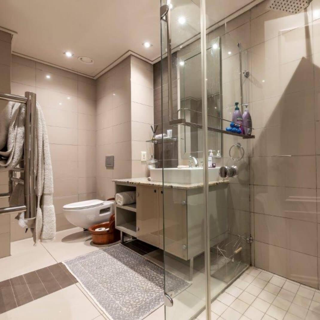 Portfolio -Unit 809 Cape Royale Luxury Apartments